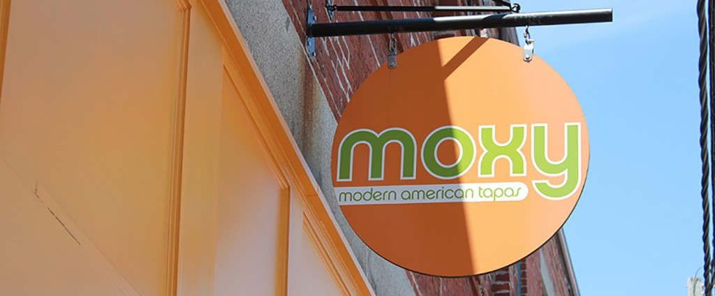 Moxy Projecting_web_1280x530